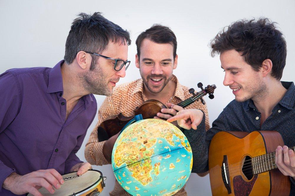 Le_Tour_du_monde_en_chansons_01